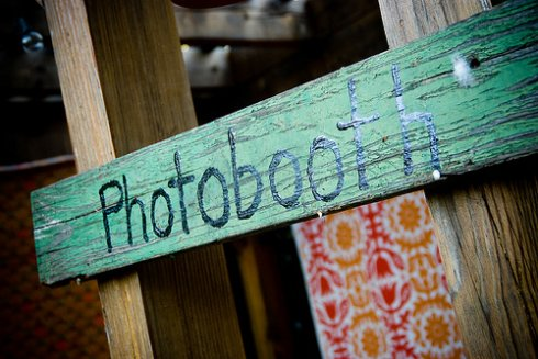 Katie from A Backyard Wedding created her own wedding photo booth using a