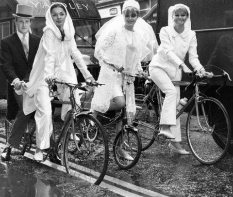 brides-on-bikes