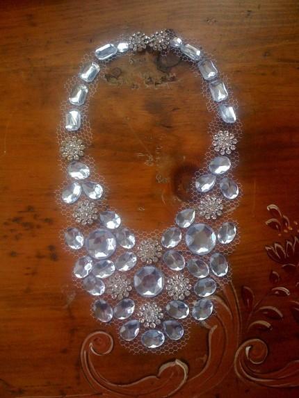 floating necklace wedding