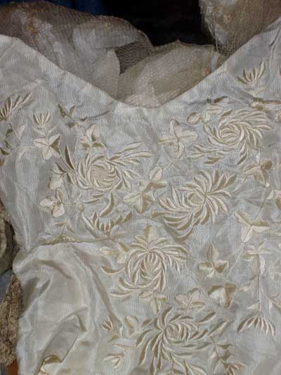 embroidered Wedding_Dress_02