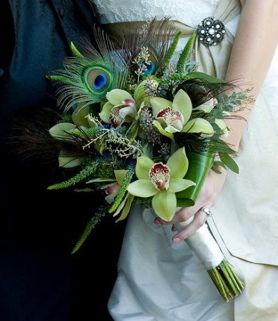 hand tied peacock feathers for a wedding decoration