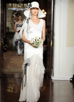 Carolina Herrera wedding dress spring 2011 c