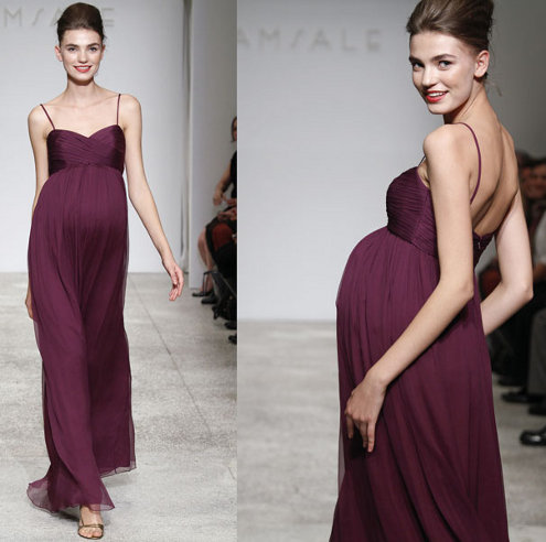 That in mind, here's a treat for the pregnant bridesmaid: a bridesmaid dress