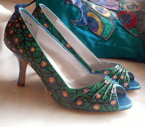 Bridal Shoes for the Peacock Themed Wedding