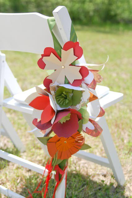 how to make paper flowers wedding. Paper flower pew bouquets